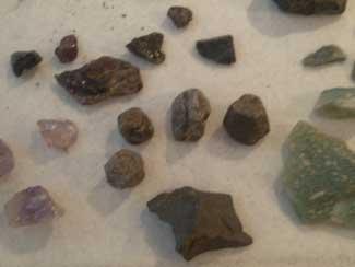 Gold n' Gems Grubbin' various stones