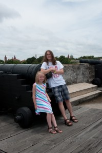 Aidan and Maggie at Castillo de San Marcos2