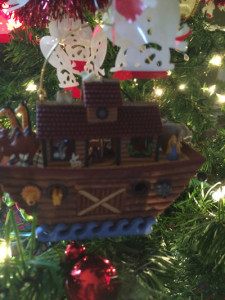 Happy Holidays 2015-Noah's-Ark-1