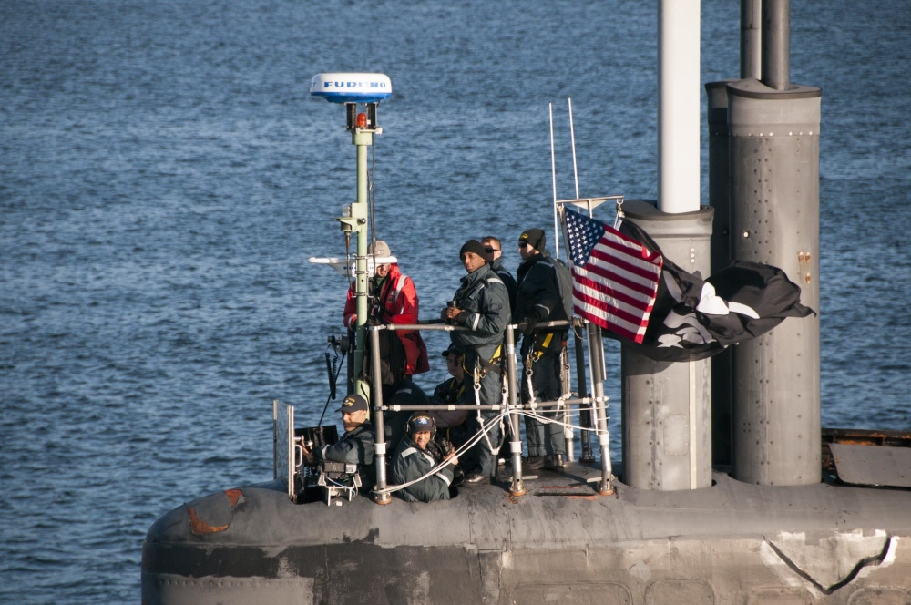 USS Jimmy Carter flying Jolly Roger